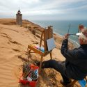 John maler ved Rubjerg Knude Fyr